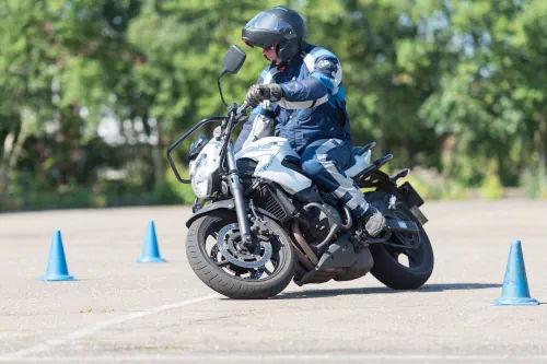 Motorrijbewijspoint Tiel motor rijtest
