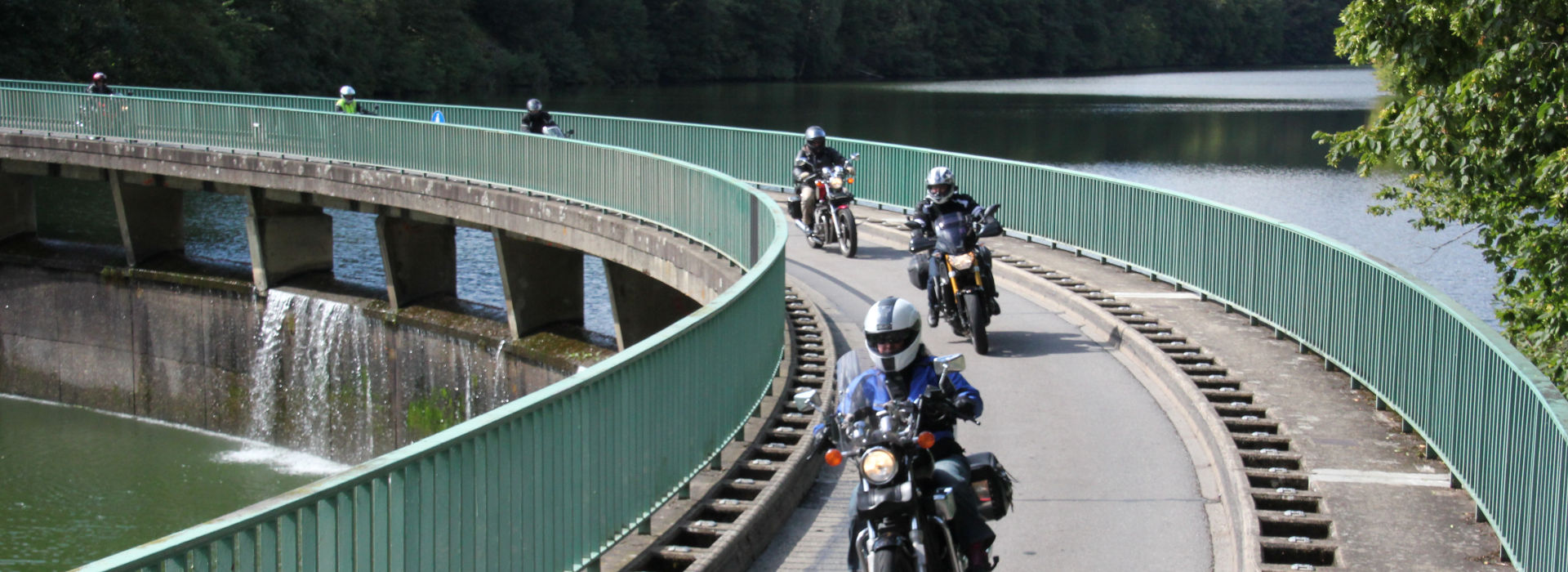 Motorrijbewijspoint Tiel motorexamens AVB en AVD
