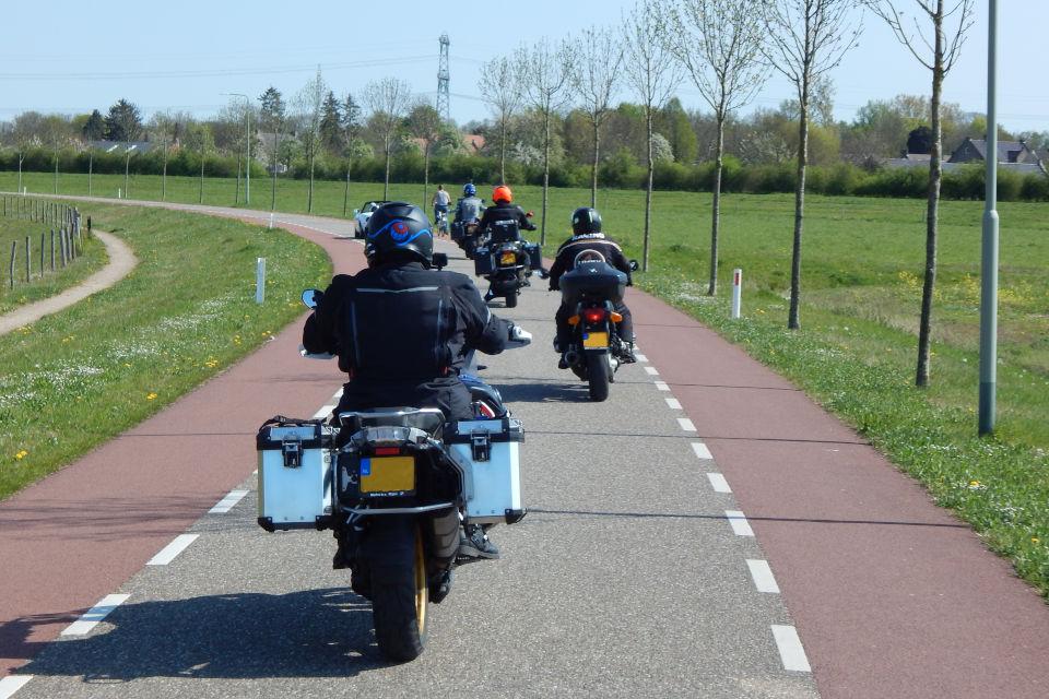 Motorrijbewijspoint Tiel motorrijlessen